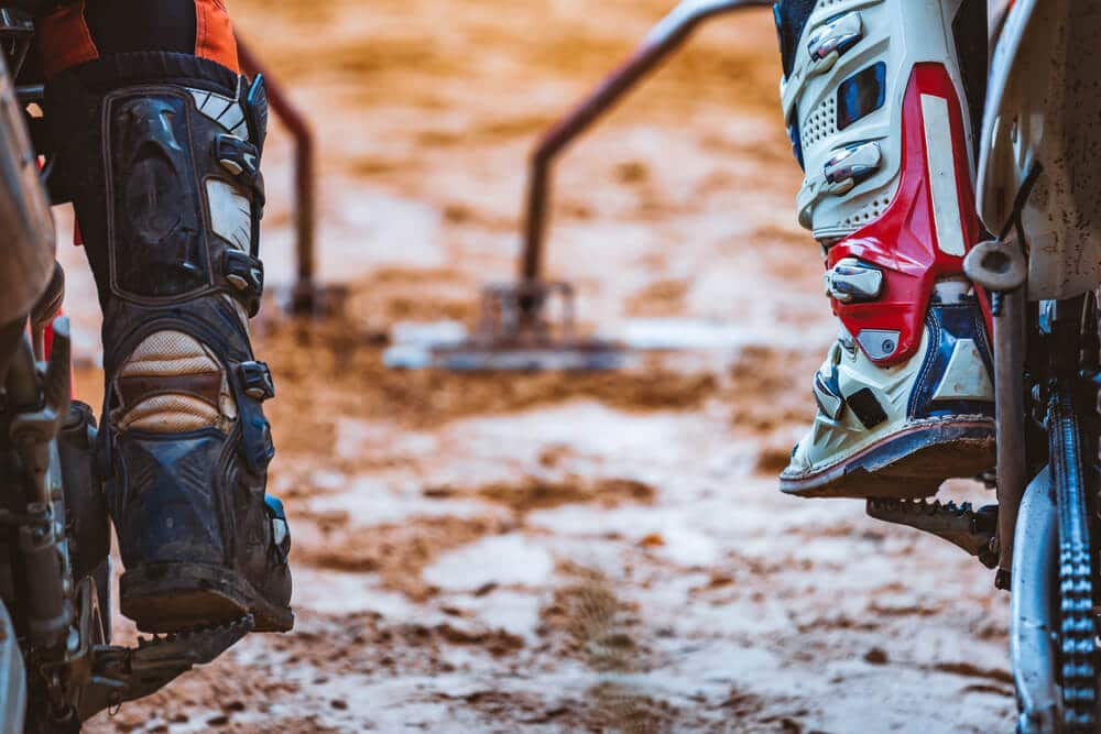 RACING BOOTS SHOPPING GUIDE